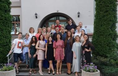 Sveikiname otorinolaringologijos rezidentūrą pabaigusius jaunuosius gydytojus!